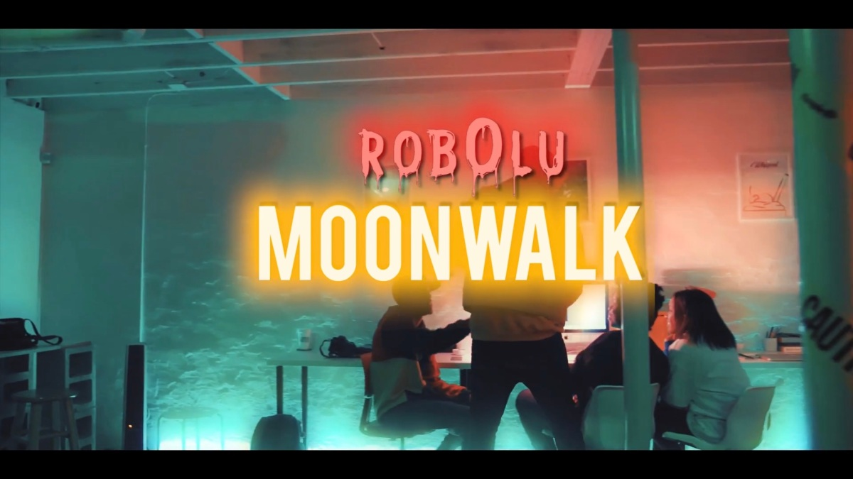 RobOlu - Moon Walk (Visuals)